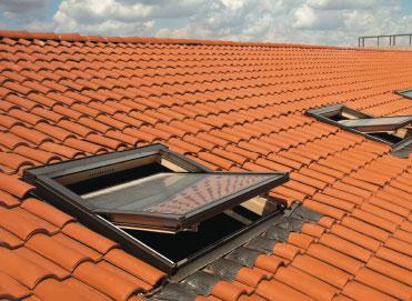 Üstten Menteşeli Çatı Pencereleri