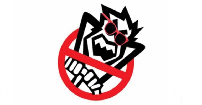 İşporta'da Satılan Güneş Gözlüklerinde Ölümcül Tehlike.
