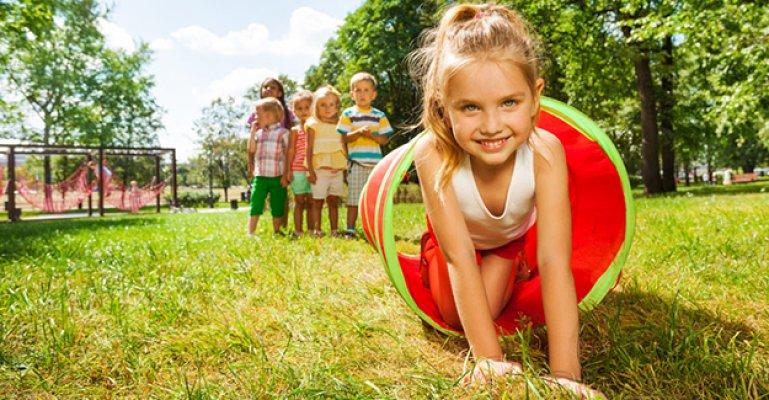 Dışarıda Oynayan Çocukların Gözleri Daha Sağlıklı