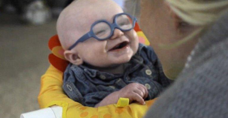 Annesini İlk Kez Gören Bebeğin Mutluluğu Böyle Yansıdı