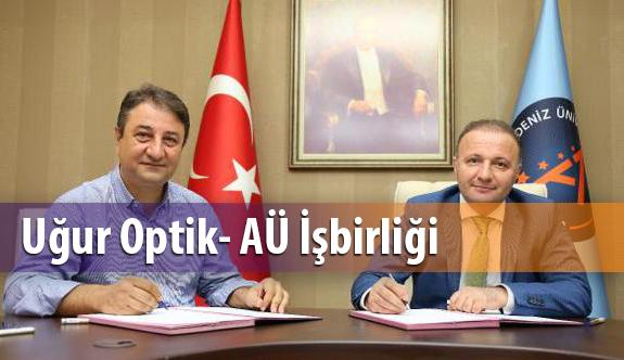 Uğur Optik Akdeniz Üniversitesi ile İşbirliği Protokolü İmzaladı