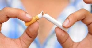 Sigara içenler gözlerini kaybedebilir!