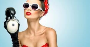 Açık Renkli Güneş Gözlüklerinin Zararlarını Biliyor muyuz?