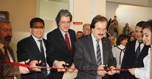 Cumhuriyet Üniversitesi Optisyenlik Laboratuvarı Açıldı!