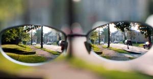 'Taklit' Gözlükler Katarakt Sebebi