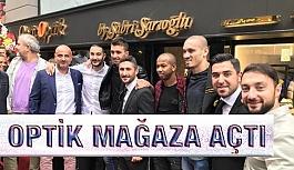 Sabri Sarıoğlu Nişantaşı'da gözlükçü açtı
