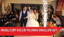 Görme Engelli Çift Evlilik Yolunda Engelleri Aştı