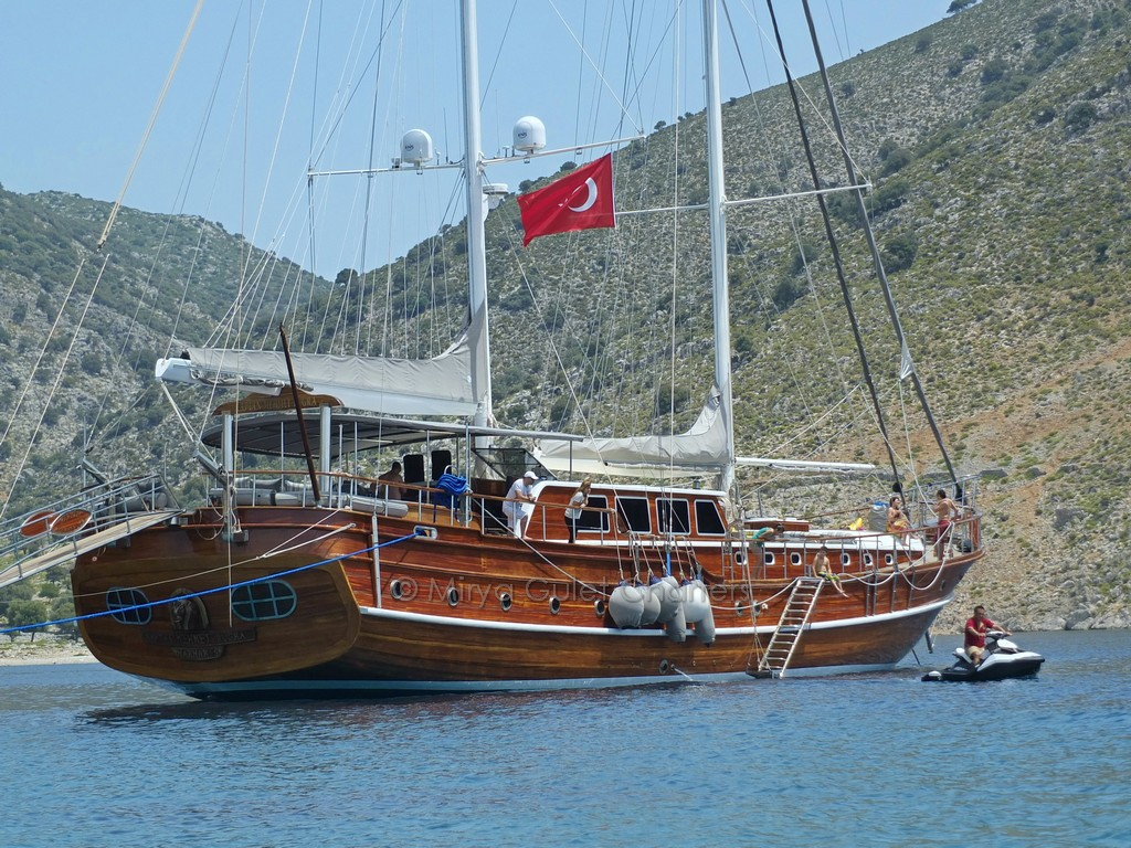 mavi tur-mavi yolculuk-tekne kiralama-gulet kiralama
